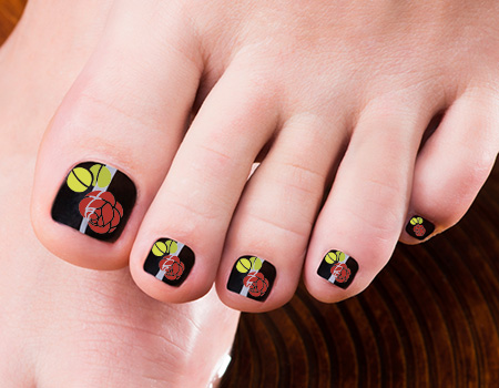Black Toe Nails With Rose Flowers Nail Art