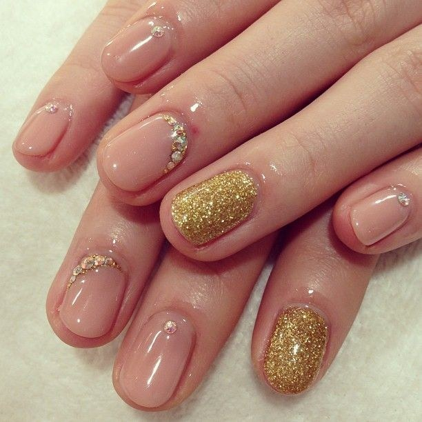 How To Do Ombre Glitter Nail Art Ideas