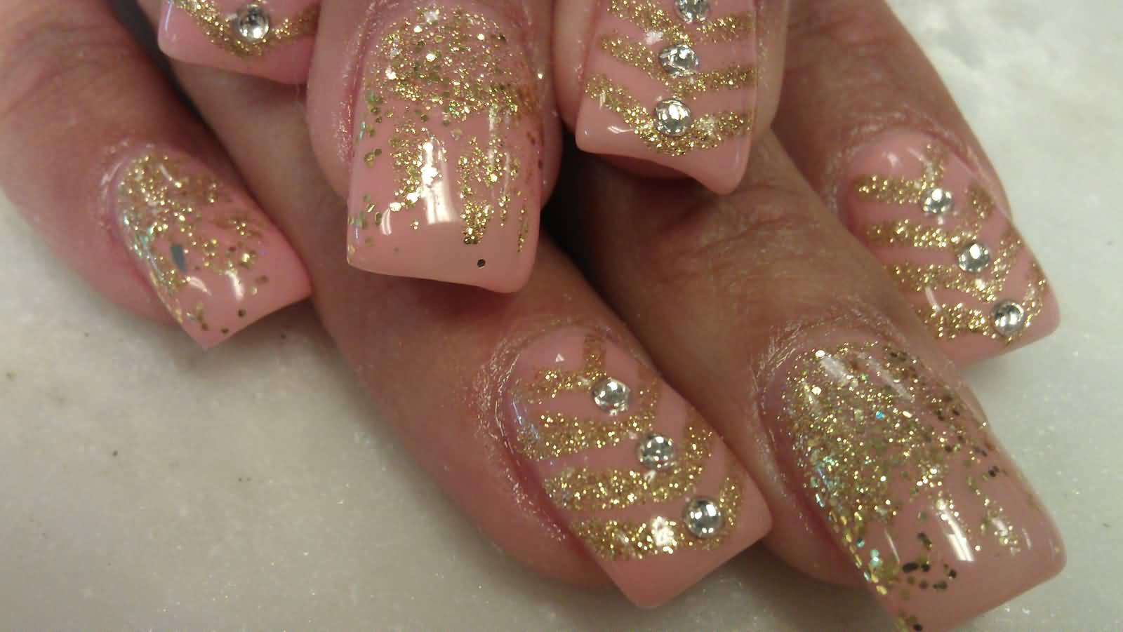 Gold Glitter Design Nail Art