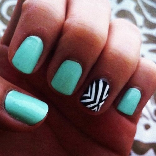Nail Art Design Blue Color Light Nails With Black And White Stripes