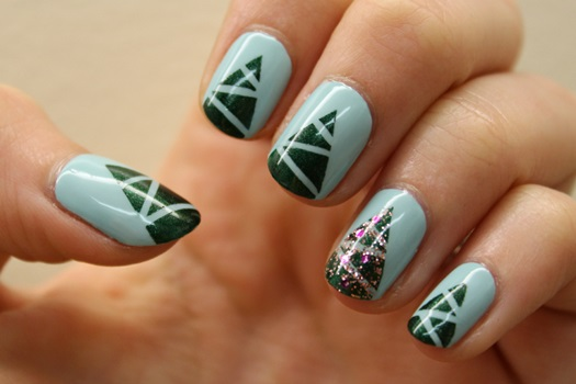 15 Simple Christmas Tree Nail Art Designs Ideas
