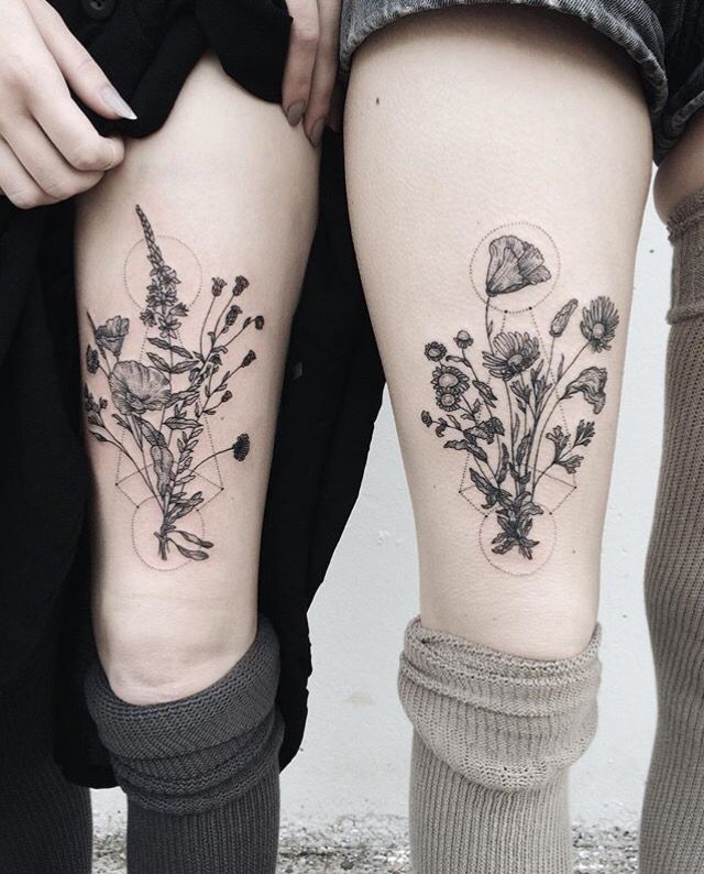 Classic Geometric Flowers Tattoo Design For Girl Thigh