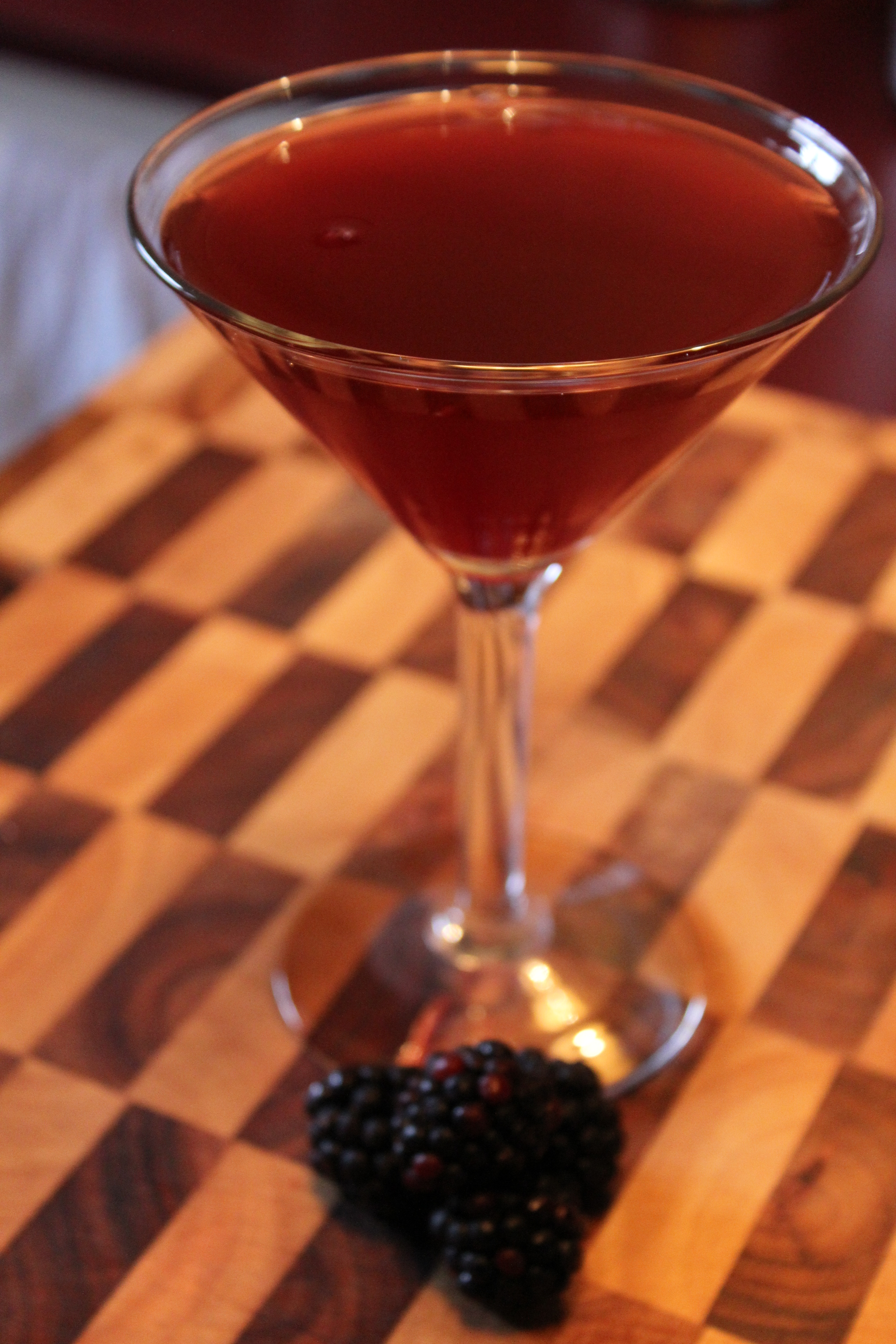 Recipe: Blackberry Champagne Cocktail