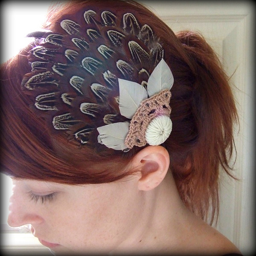 Homemade Hats Ahoy! Feather Fascinator from The Crimson Owl