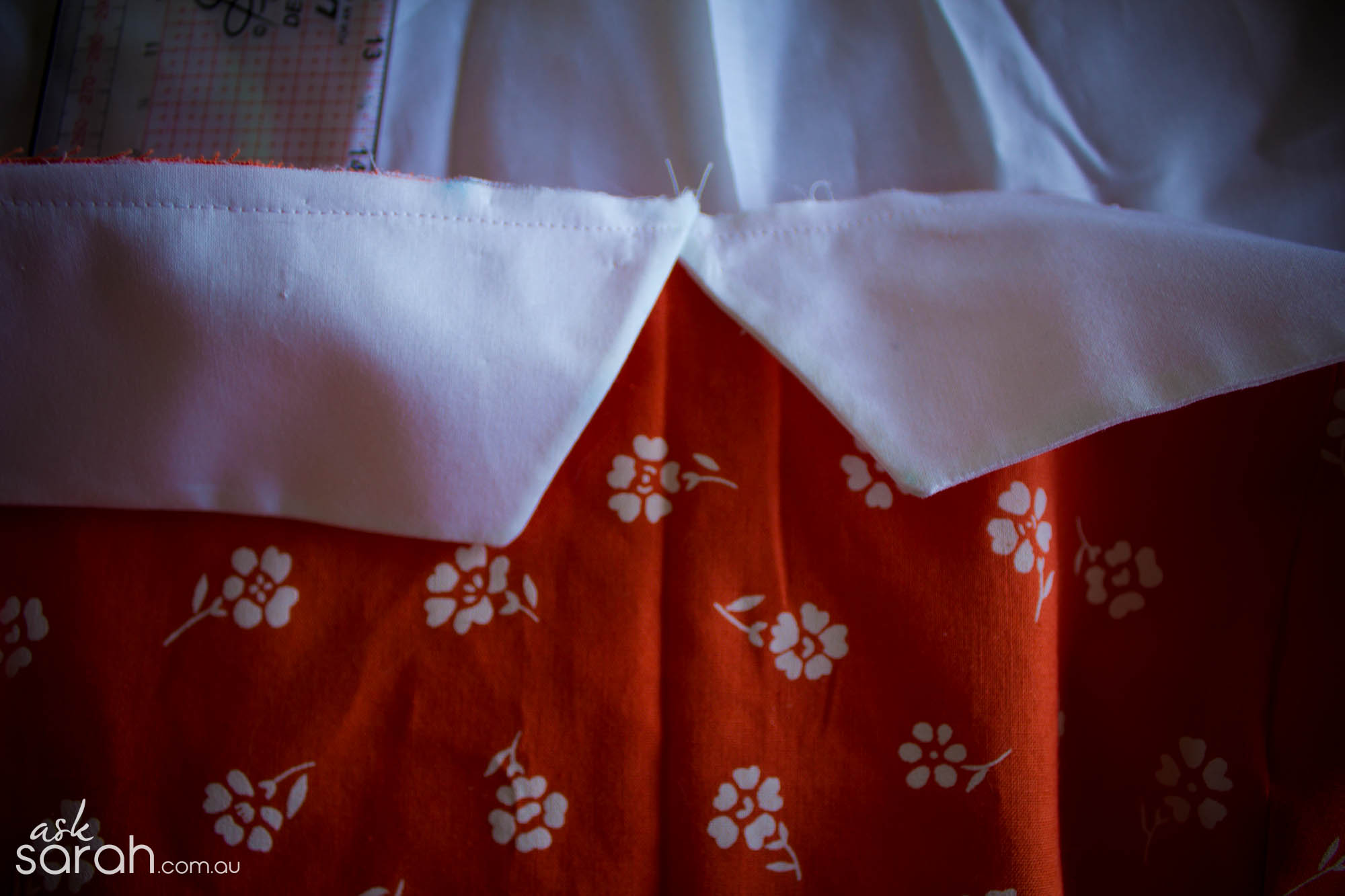 Sew: Décolleté Collar Tutorial {Add A 50's Style Bust Collar To A Sweetheart Bodice}
