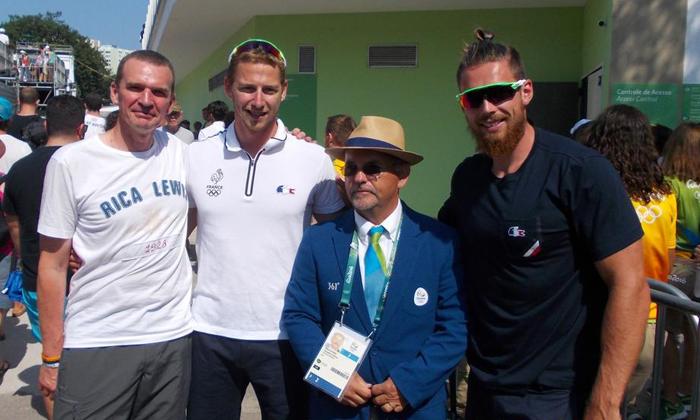 Thomas Simart à Rio, entouré de Ludovic Loquet, vice-président du conseil départemental, et des Immercuriens Michel Létienne et Adrien Bart.- Photo © DR