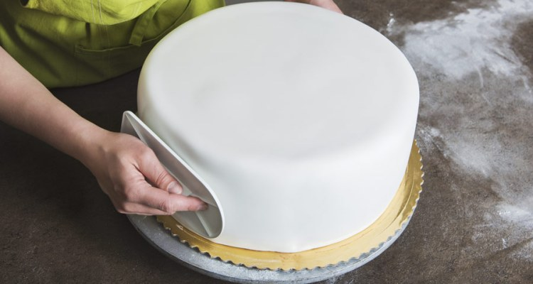 How to Make Fondant Cake