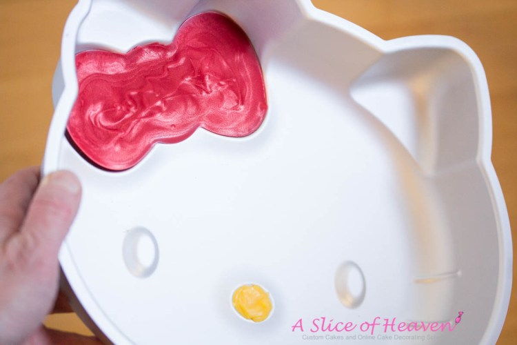Removing Bow and Nose from the Pan | A Slice Of Heaven