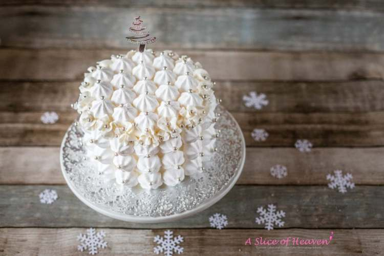 Easy Holiday Cake Decoration Ideas - Part I Buttercream and Meringues