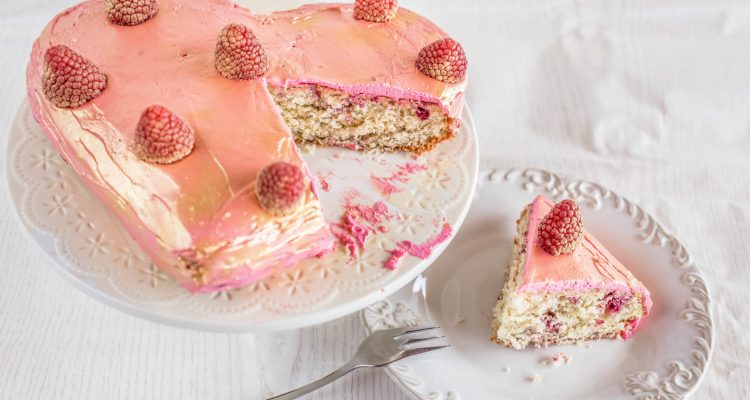 Easy Valentine's Day Cake