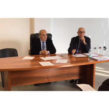 Il commissario Paolo Tecleme (destra) con il presidente della Conferenza Antonio Satta