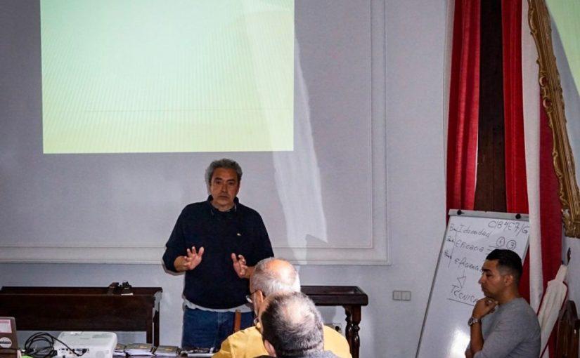 Conferencias: Retos para la inclusión del Timple en los colegios.