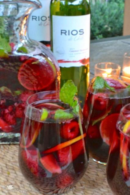 http://asouthern-soul.blogspot.com/2014/07/berry-sangria.html