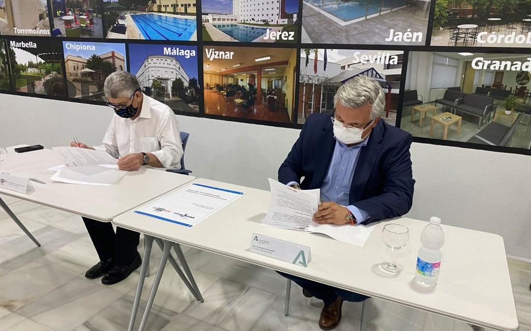Firma de convenio de prácticas con Inturjoven