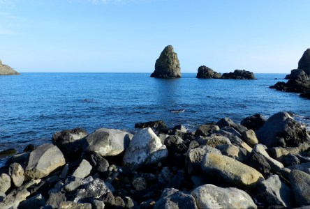 La Riviera dei Ciclopi: The Cyclops Rocks in Sicily