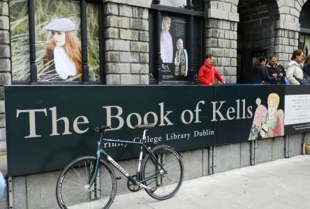 The Book of Kells: Saint Columba's Scriptorium