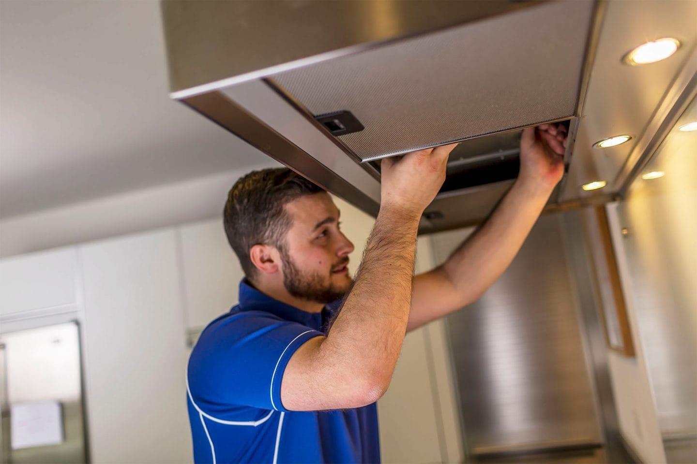 cooker hood installation half hour