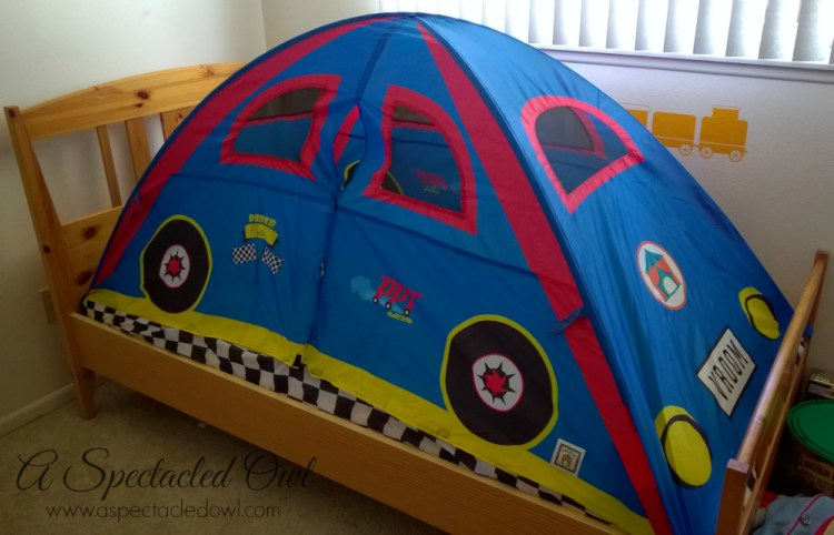 Creating a Fun Kid's Bedroom with Pacific Play Tent