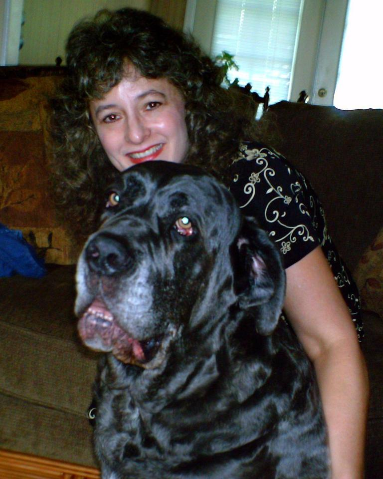 Dr Kim Bloomer with her Neo Mastiff Shadrach