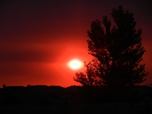 Smoky_sunrise_05252012_3