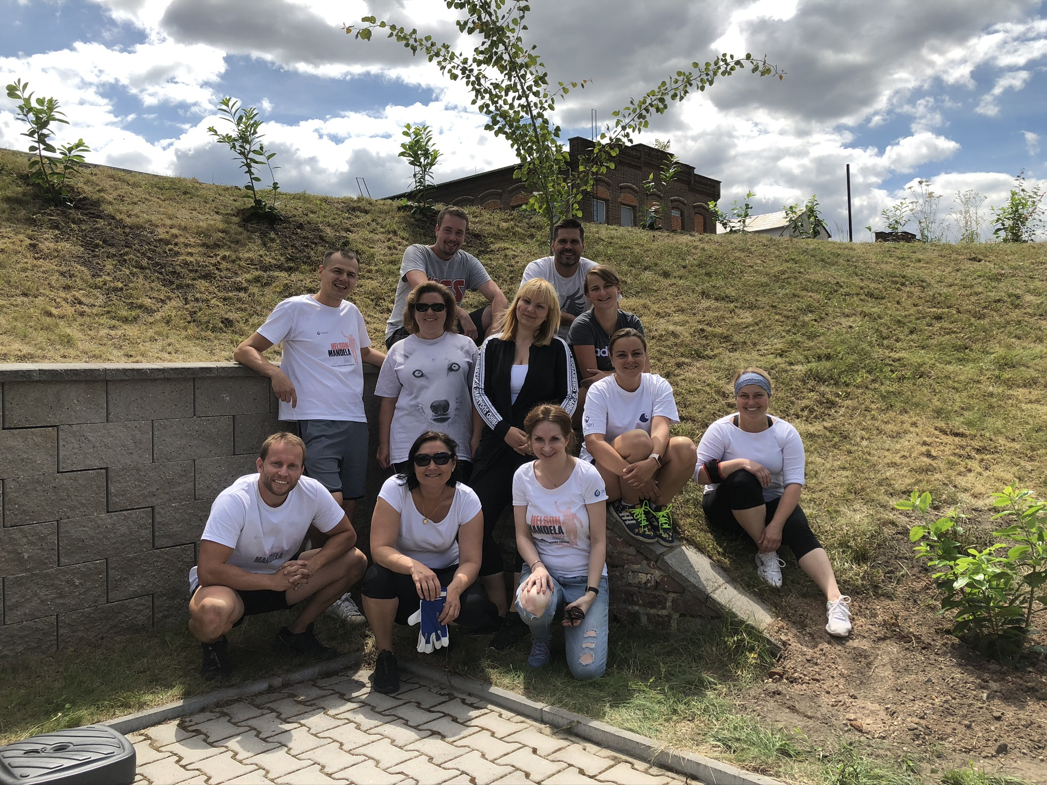 Aspen's team planted 60 trees at SeneCura Home