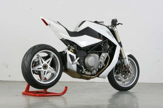 MV-Agusta-Bestiale-Yacouba-Design-11