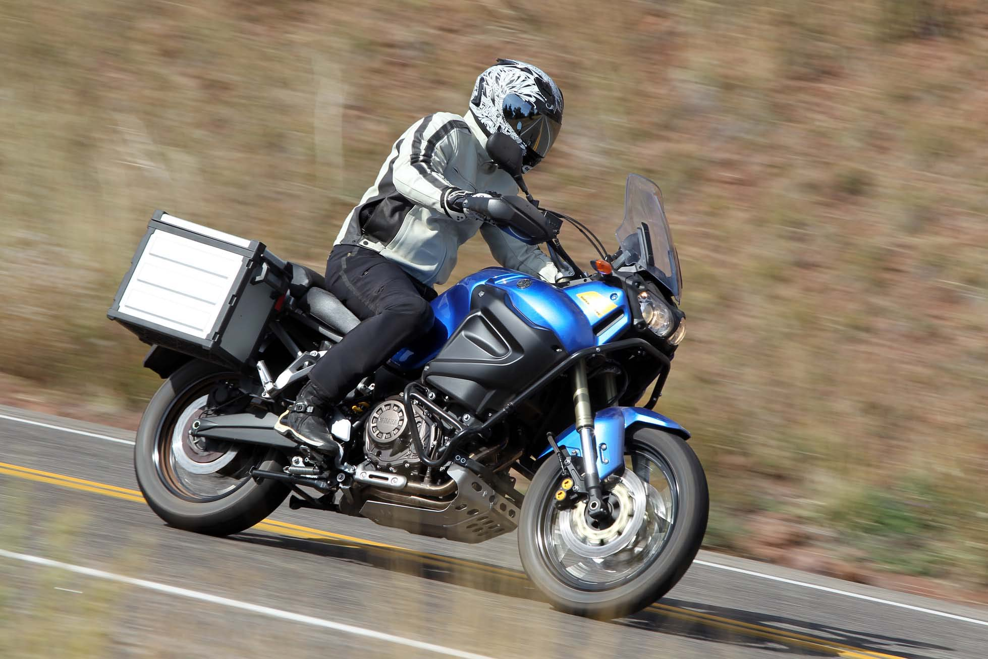 Review: 2016 Yamaha Super Tenere XT1200ZE - Bike Review