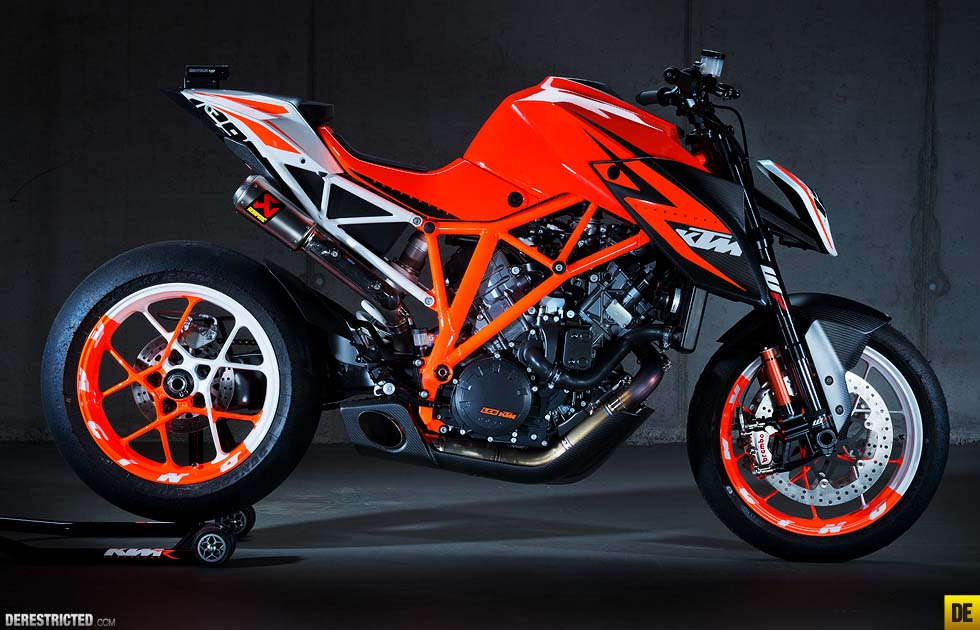 2018 ktm 1290 super duke r. plain 2018 as  intended 2018 ktm 1290 super duke r i