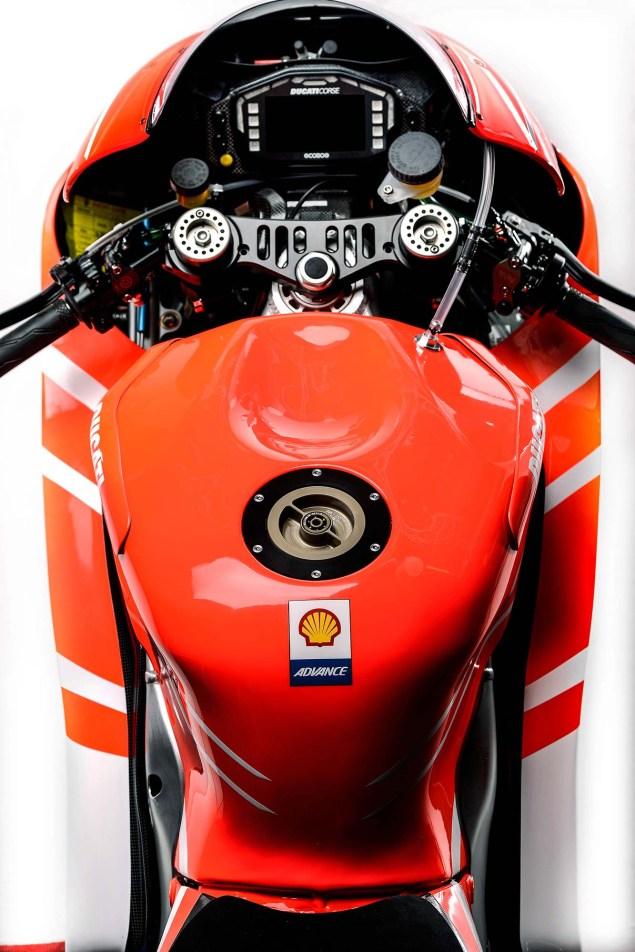 Nicky-Hayden-Andrea-Dovizioso-Ducati-Desmosedici-GP13-Wrooom-29