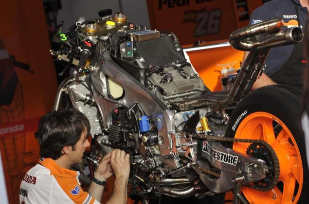 2013-Honda-RC213V-90-degree-V4