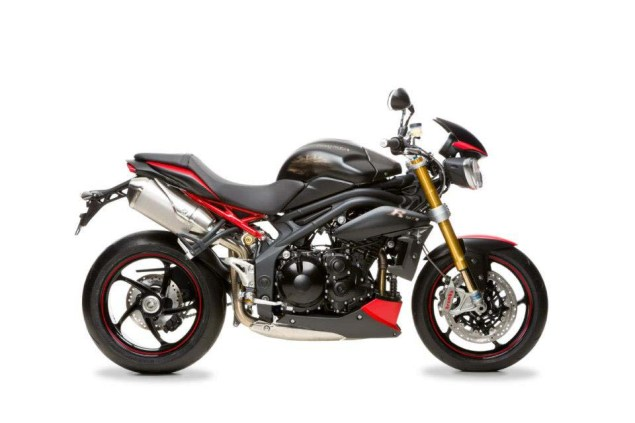 2013-Triumph-Speed-Triple-R-Dark-10