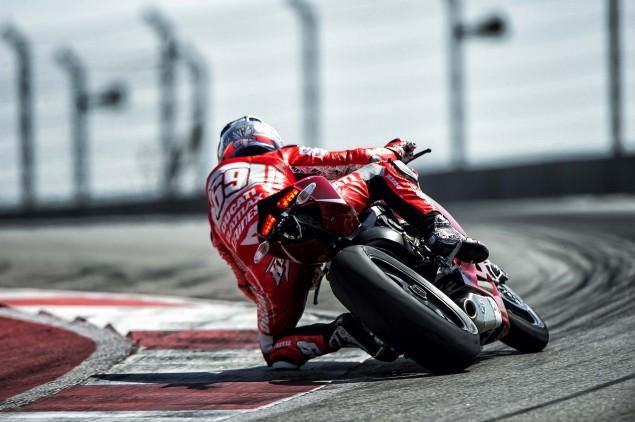 Ducati-1199-Panigale-R-Nicky-Hayden-Ben-Spies-13