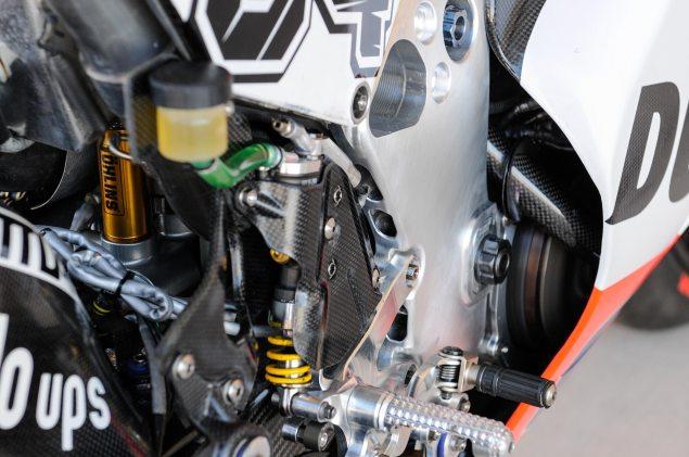 2013-Desmosedici-GP13-COTA-MotoGP-04