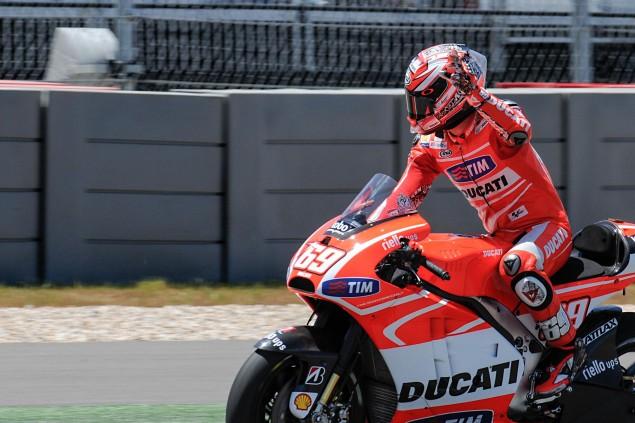 2013-Desmosedici-GP13-COTA-MotoGP-22