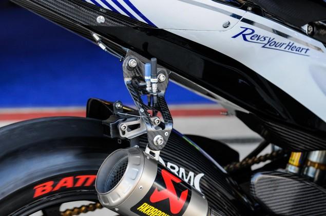 Yamaha-YZR-M1-MotoGP-Valentino-Rossi-Up-Close-23