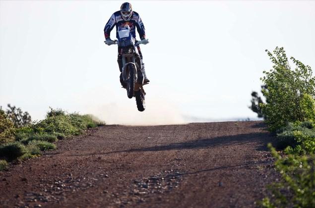 Cyril-Despres-Yamaha-Motor-France-2014-Dakar-Rally-06