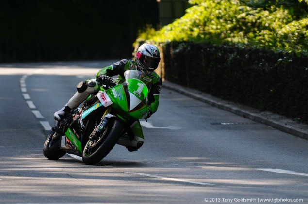 Braddan-Bridge-Union Mills-2013-Isle-of-Man-TT-Tony-Goldsmith-15