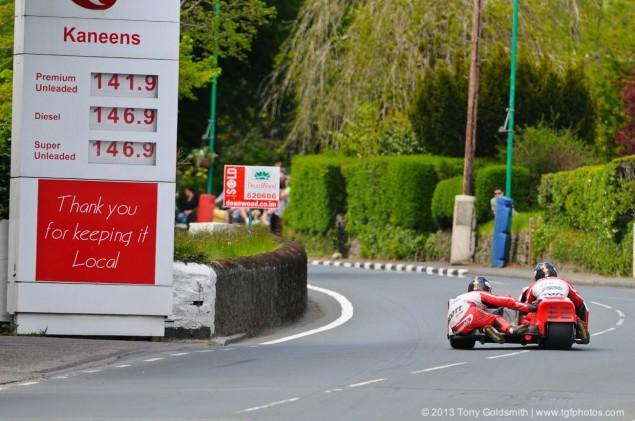Glencrutchery-Road-Isle-of-Man-TT-Tony-Goldsmith-11
