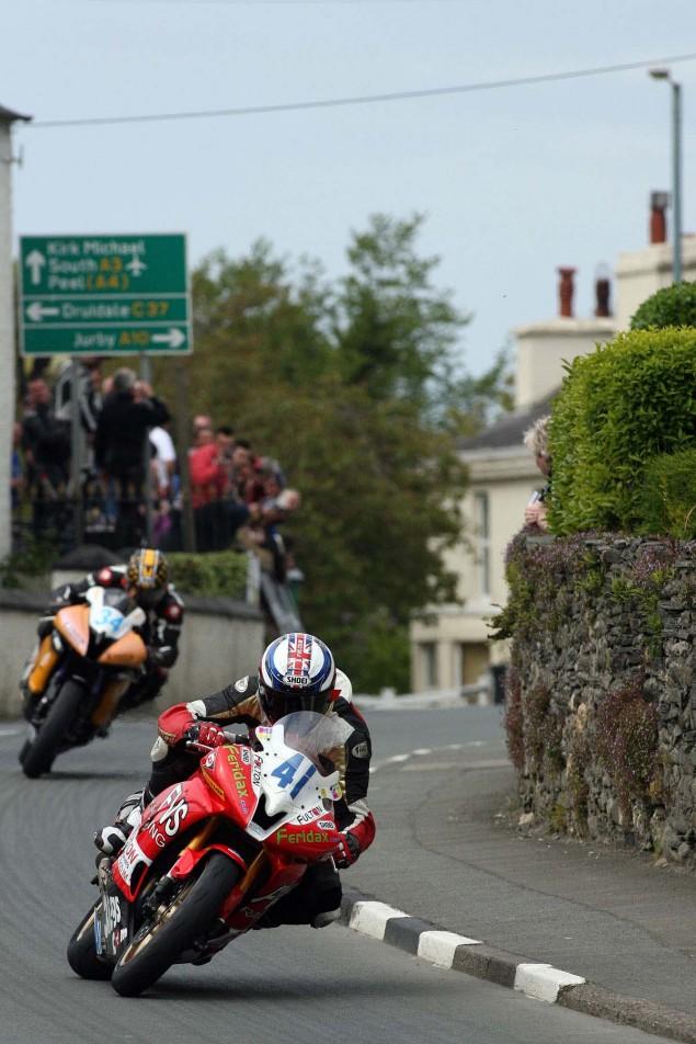 Supersport-Superstock-Ballaugh-Ballacrye-Isle-of-Man-TT-Richard-Mushet-05