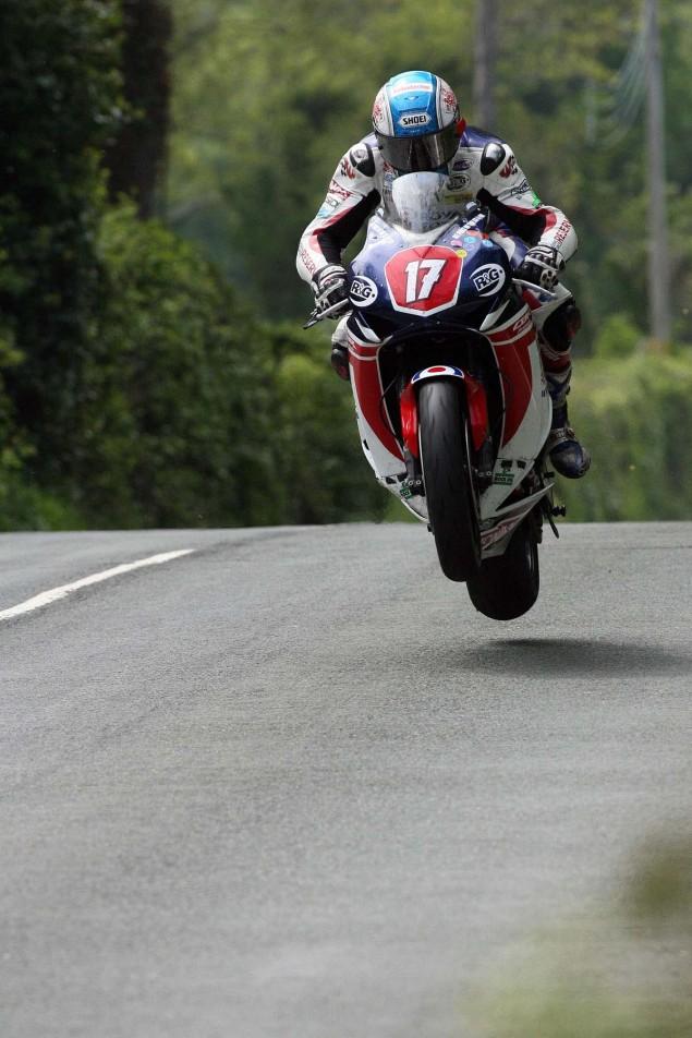 Supersport-Superstock-Ballaugh-Ballacrye-Isle-of-Man-TT-Richard-Mushet-08