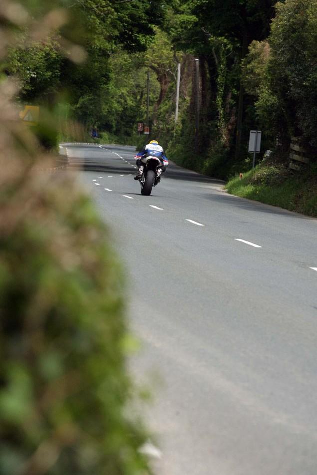Supersport-Superstock-Ballaugh-Ballacrye-Isle-of-Man-TT-Richard-Mushet-16