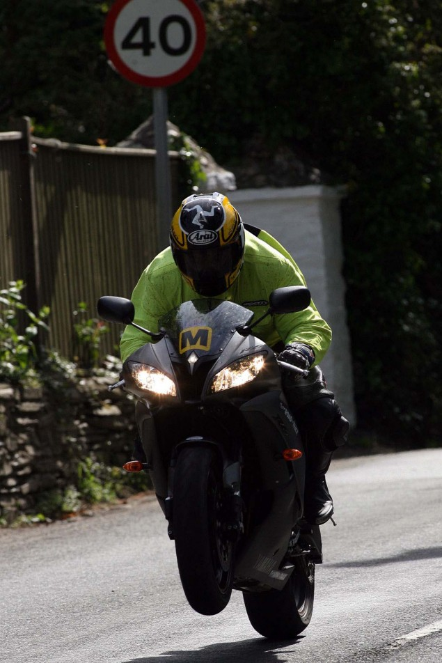 Supersport-Superstock-Ballaugh-Ballacrye-Isle-of-Man-TT-Richard-Mushet-22