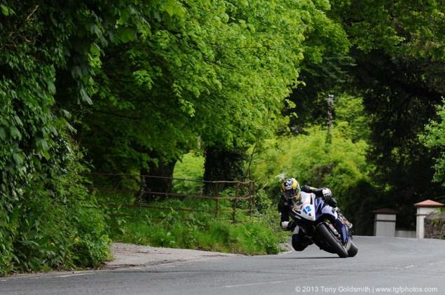 Supersport-Superstock-race-Isle-of-Man-TT-Tony-Goldsmith-03