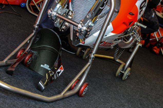Honda-RC213V-MotoGP-Laguna-Seca-Jensen-Beeler-2