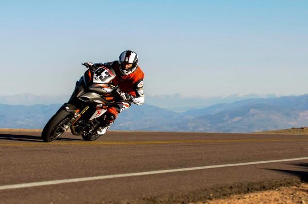 Spider-Grips-Ducati-Multistrada-1200-S-Pikes-Peak-race-bike-28