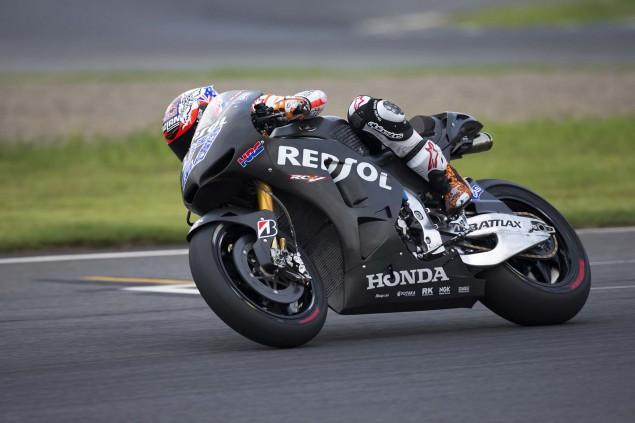 Casey-Stoner-Honda-RC213V-test-Motegi-HRC-01