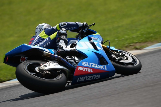 Suzuki-Racing-MotoGP-Motegi-test-04