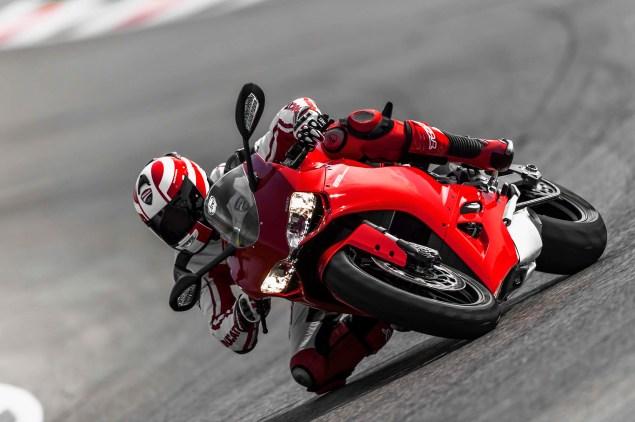 2014-Ducati-899-Panigale-track-14