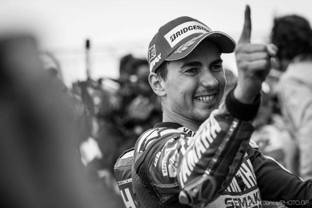 Sunday-Silverstone-British-GP-MotoGP-Scott-Jones-02