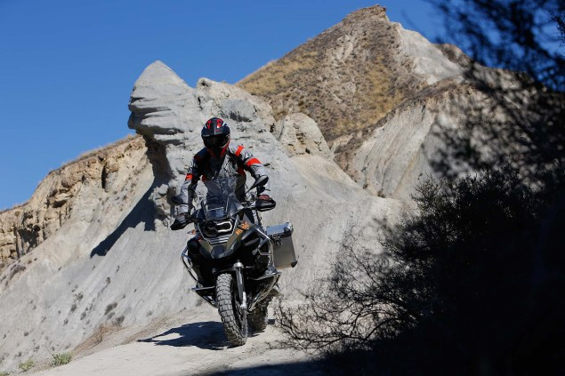 2014-BMW-R1200GS-Adventure-action-08